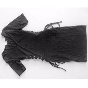 Black drew with side ties